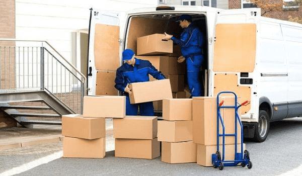 Đội ngũ nhân viên dịch vụ chuyển đồ trọn gói chuyên nghiệp